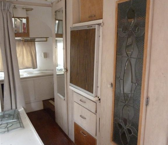 2 P1180795 closet refrig bath (Large)