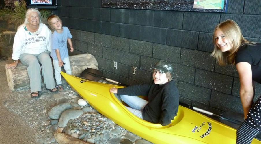 P1200478 Kayak