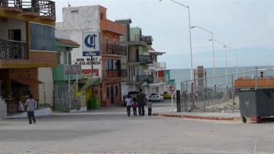 P1000537 Beach street (Large)