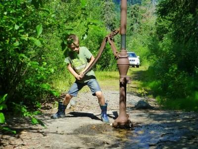 P1050613 water pump (Large)