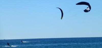 P1070073 Windsurfing twins
