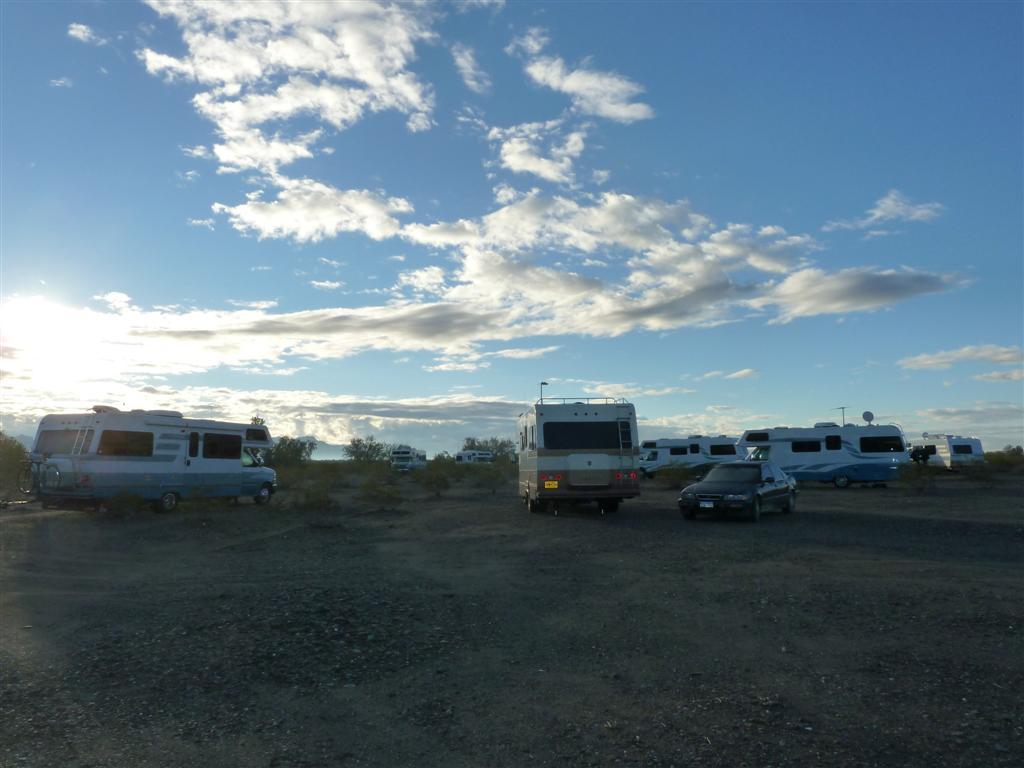 P1160887 Quartzsite camping (Large)